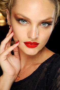 Candice red lips & nails