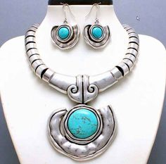 CHUNKY WESTERN COWGIRL TURQUOISE SILVER BIB NECKLACE EARRINGS FASHION JEWELRY $24.65