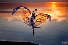 * Sunset, air, wings, sheer, joy, jump, water, beach - Untitled by Светлана Беляева, via 500px