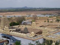 Panoramic view of the Seetaramy Swamy Temple at Bhadrachalam,with the Godavari in the backdrop.