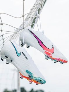 """Out now: Nike """"Flash Crimson"""" Mercurial — Tap to shop now from SOCCER.COM. — #soccerdotcom #nikefootball #nike #soccer #mercurial #superfly #vapor #nikesoccer #soccer #flashcrimson #flashcrimsonpack #soccergear #soccercleats #whitecleats #blueboots #purplecleats #redcleats Football Shoes, Nike Football, Nike Soccer, Soccer Cleats, Football Stuff, Soccer Gear, Soccer Drills, Soccer Tips, Neymar"""