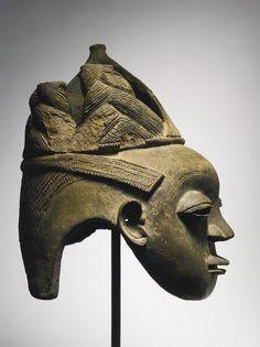 Yoruba-Ijebu Terracotta Head from an Osugbo Shrine, Nigeria | lot | Sotheby's