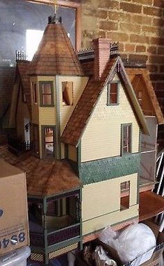 """Greenleaf's Garfield Dollhouse - Assembled """"Kit Bashed"""" Beautiful One of a Kind!"""
