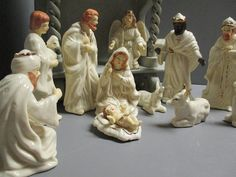 Porcelain 12 piece vintage nativity scene / gold gild / hand painted porcelain / birth of Christ / Christmas story / nativity figurines