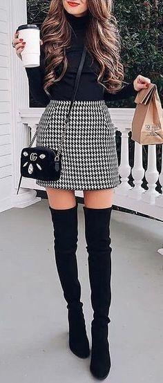 100 Ultimate Spring Outfits To Inspire You Black turtleneck sweater black and white houndstooth skirt black over the knee boots black Gucci crossbody bag cmcoving Cute women 39 s fashion chic fall winter spring casual street style outfit inspiration ideas Look Fashion, Trendy Fashion, Fashion Models, Autumn Fashion, Fashion Black, Womens Fashion, Fashion Spring, Fashion Boots, Dress Fashion