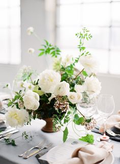 The Blueprint for Using Pantone's Color of the Year in Your Wedding – Event Table Design - Wedding Table Cheap Wedding Flowers, Floral Wedding, Wedding Colors, Orange Wedding, Whimsical Wedding, Wedding Flower Arrangements, Wedding Bouquets, Floral Arrangements, Wedding Dress