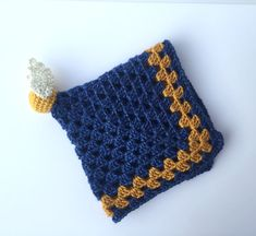 Baby crochet harry potter awesome ideas for 2019 Crochet Lovey Free Pattern, Crochet Patterns, Crochet Quilt, Crochet Yarn, Loom Knitting, Baby Knitting, Harry Potter Crochet, Harry Potter Nursery, Crochet Decoration