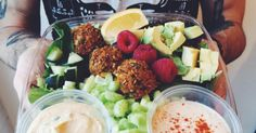 26 Insanely Delicious Vegan Restaurants You Need To Try Before You Die
