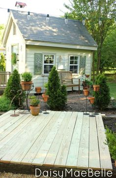 Easy Deck With Concrete Blocks And Railroad Ties