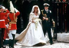 The Royal Order of Sartorial Splendor: Top 10 Best Royal Wedding Dresses: #5. Sarah, Duchess of York