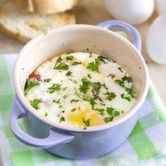 Sundried tomato & herb baked eggs