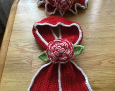 hat and scarf set by Kubuscrochets on Etsy