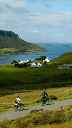 Loch Bay - Waternish , Isle of Skye