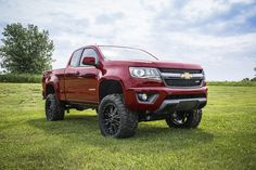 2015 Chevy Colorado w/ Zone 5.5'' Lift Kit and 33s