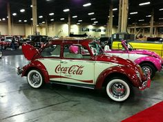 My two faves coca cola and a beetle Coca Cola Decor, Coca Cola Ad, Always Coca Cola, Coca Cola History, World Of Coca Cola, Vw Bus, Vw Camper, Cocoa Cola, Best Soda