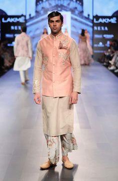 Pretty pink sherwani by anushree reddy india fashion week, mens fashion week, India Fashion Week, Fashion Week 2018, Mens Fashion Week, Lakme Fashion Week, Fall Fashion Outfits, Men's Fashion, Groom Fashion, Wedding Dresses Men Indian, Wedding Dress Men