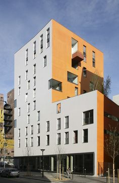 76 High Environmental Quality Apartments by Badia Berger Architects http://www.archello.com/en/project/76-high-environmental-quality-apartments