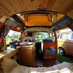 And the winner for best sink in a #campervan goes to @anamericanroadstory the rest of the van isn't to shabby either. #VanCrush (1 of 2) by van.crush