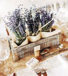 40 Charming And Romantic Lavender Wedding Ideas - Weddingomania
