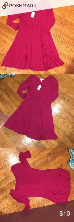 Pink Dress NEW magenta pink dress. Very flowy Forever 21 Dresses