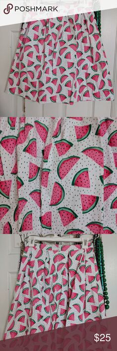 Doll Me Up watermelon skirt, m Worn once! Cute watermelon skirt in size medium. No flaws. Doll Me Up Skirts Circle & Skater