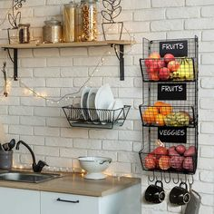 Stylish Kitchen Hanging Fruit And Vegetable Storage Baskets with Chalkboards - Perfect for Your Potatoes and Onions - Amazing Wire Wall Mount System Saves Space while Enhancing your Home - Hanging With Hollywood Wil Home Decor Kitchen, Kitchen Interior, New Kitchen, Home Kitchens, Kitchen Design, Kitchen Ideas, Ideas For Small Kitchens, Small Kitchen Decorating Ideas, Small Kitchen Inspiration
