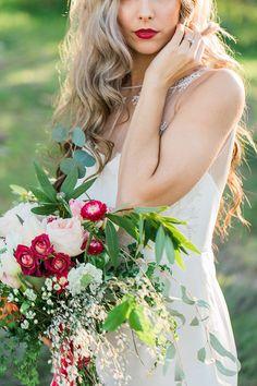 Marsala Princess Bridal Inspiration - http://fabyoubliss.com/2015/03/31/marsala-desert-princess-bridal-inspiration