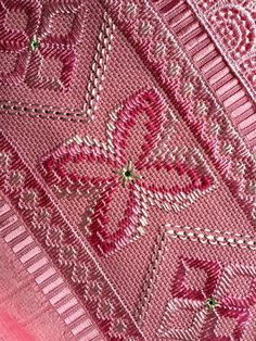 1 million+ Stunning Free Images to Use Anywhere Free To Use Images, Hardanger Embroidery, High Quality Images, Blackwork, Ravelry, Bohemian Rug, Diy And Crafts, Finding Yourself, Tapestry