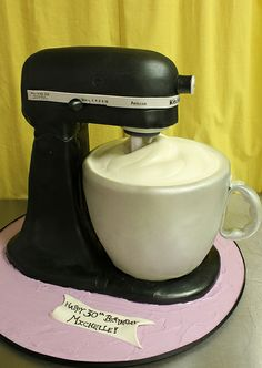 Kitchen Aid Mixer med by Amanda Oakleaf Cakes, via Flickr