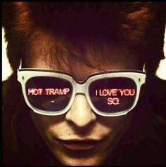 "David Bowie ""Hot tramp, I love you so"" Rebel rebel Diane Arbus, I Love Music, Music Is Life, David Jones, Zine, Photo Rock, Ziggy Played Guitar, The Thin White Duke, Major Tom"