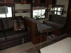 2016 New Forest River Rockwood 2715VS Travel Trailer in Arizona AZ.Recreational Vehicle, rv, 2016 Rockwood 2715VS MANAGER SPECIAL emerald edition, convenience package b, 4 power stab jacks, power hitch jack, power awning, lcd bedroom tv, much more