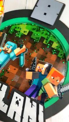 Diy Minecraft Birthday Party, Minecraft Party Supplies, Birthday Party Decorations, Diy Cake Topper, Custom Cake Toppers, Birthday Cake Toppers, Minecraft Pasta, Bolo Minecraft, Minecraft Cake Toppers
