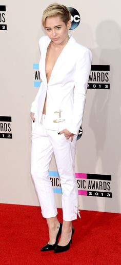 Miley Cyrus at the 2013 AMAs in Versace
