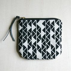 I+like+to+keep+my+little+items+organized+in+my+larger+bag+and+this+zipper+pouch+is+great+for+that.+It+can+also+be+used+in+place+of+an+old+fashion+wallet.+My+triangle+design+was+screen+printed+with+water+based+ink+and+a+leather+zipper+pull+was+attached+for+functionality+and+embellishment.  ::+10...