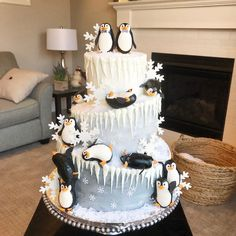 Michael and Daniel's penguin wedding cake with ombré buttercream, royal icing icicles, wafer paper snow, and fondant penguins and… Animal Birthday Cakes, Penguin Birthday, Penguin Wedding, Winter Wonderland Cake, Penguin Cakes, Christmas Cake Decorations, Winter Birthday, Crazy Cakes, Love Cake