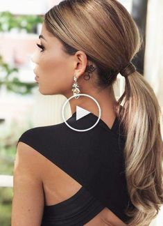 5 Easy Ponytail Hairstyles And Haircuts You Must Try #ponytailhairstyles If you are searching to have a good hairstyle for your short hair in the office, pick the right one for you from here. We guarantee you that you'll become highly benefitted with this amazing hairstyle. Click for the best! #ponytailhairstyles #ponytailhairstylesforblackhair #ponytailhairstylesforblackwomen #eleganthairstyles