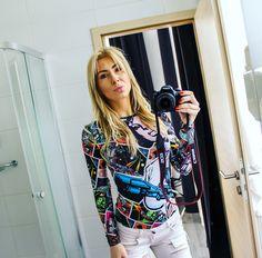 Blonde girl, Budapest Cosmo city hotel, star wars bodysuit, canon