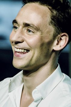 Tom Hiddleston.  So beautiful.  San Diego Comic Con 2013, Nerd HQ Conversations for a Cause, July 2013.