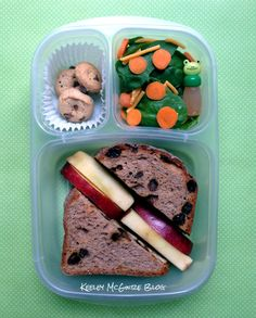 Lunch Made Easy: @MOMables, @SunButter4life, & @HomeFreeTreats = Yummy!  @EasyLunchBoxes
