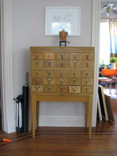card catalog organizer. DOES ANYONE KNOW WHERE I CAN GET ONE?