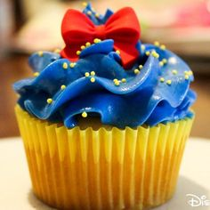 Disney IRL | Disney Princess Inspired Cupcakes