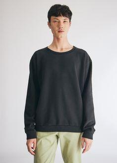Dye Crew Neck Sweatshirt in Black Need Supply Co, Crew Neck Sweatshirt, Sweatshirts, Model, Sweaters, Cotton, Black, Neckline, Tops