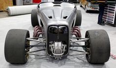 ('32 Roadster with a 600ci, 900-horsepower Boss 429 engine driving all four 28.5×14.50-16 Goodyear Eagle slicks)