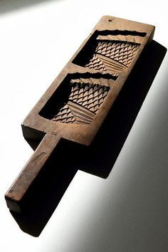 Zenbu Home 'Koi' Kashigata (wagashi mould) fish scales design wooden art sweets mould Japanese Traditional art Japan buy antique handcrafted Japanese Things, Koi Carp, Scale Design, Fish Scales, Wooden Art, Handmade Wooden, Traditional Art, Objects, Carving