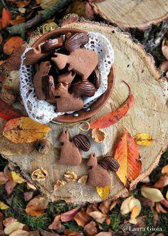 Biscotti con farine di castagne e miele al cioccolato e noci