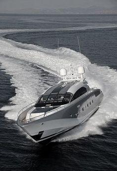 Luxury Private Yacht - Style Estate - kinleygodfreybeen19july1988
