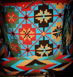 Tapestry Bag, Tapestry Crochet, Free Crochet, Knit Crochet, Crochet Bags, Crochet Stitches, Crochet Patterns, Handmade Handbags, Loom Beading