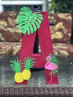 Hawaiian Birthday, Flamingo Birthday, Luau Birthday, Flamingo Party, Hawaiian Party Decorations, Birthday Party Decorations, Party Themes, Aloha Party, Luau Party