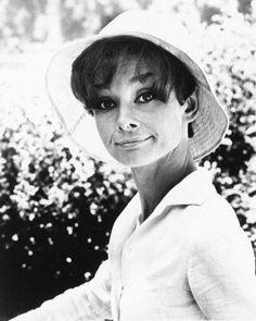 Audrey Hepburn Old | audrey-hepburn-old.jpg