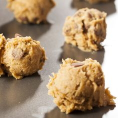 These easy chocolate chip cookies are a no-fuss recipe that's sure to please. Easy Chocolate Chip Cookies Recipe from Grandmothers Kitchen. Gourmet Cookies, Cookie Desserts, Cupcake Cookies, Just Desserts, Cookie Recipes, Delicious Desserts, Dessert Recipes, Cupcakes, Homemade Chocolate Chips